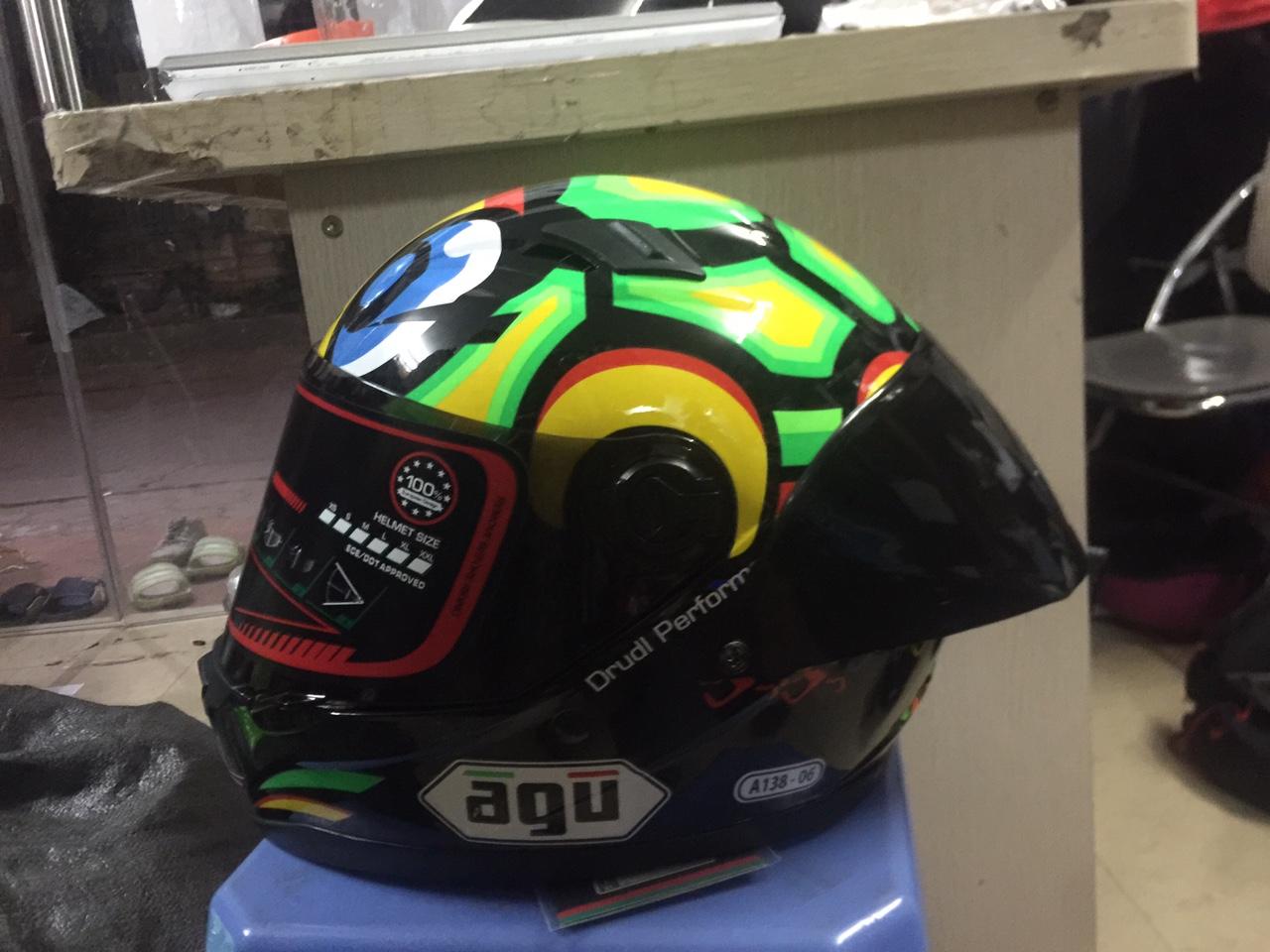 Mũ bảo hiểm fullface AGU họa tiết tem rùa (hàng chính hãng)