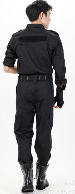 Thuê bộ quần áo đặc nhiệm đen (gồm áo và quần)