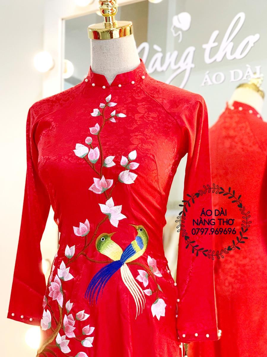 Áo dài Cưới Lụa Màu Đỏ Thêu Họa Tiết Chim Hoa Lá