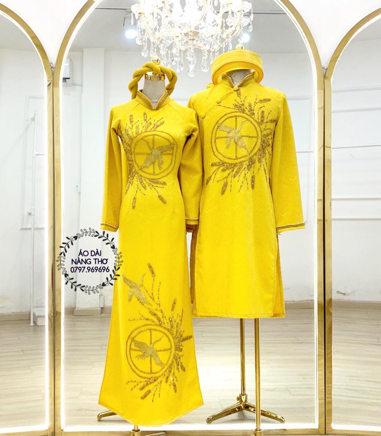 Áo Dài Cưới Cặp Gấm Vàng Kết Hạt Họa Tiết Chim Hạc