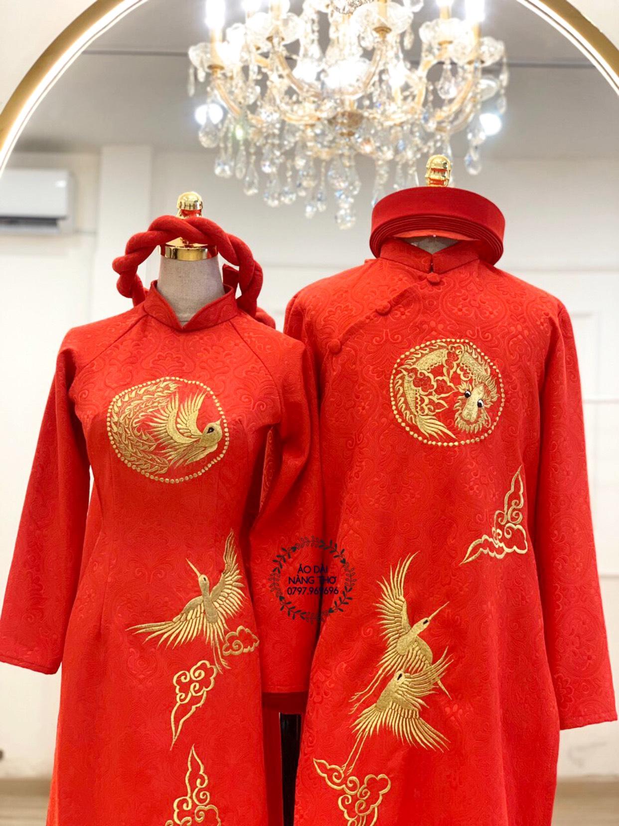 Áo dài Cưới Cặp Gấm Đỏ Thêu Họa Tiết Rồng Và Chim Phượng Hoàng