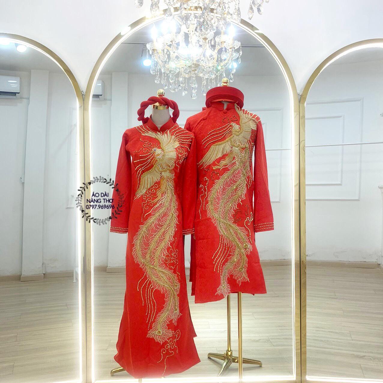 Áo dài Cưới Cặp Gấm Đỏ Kết Họa Tiết Chim Phượng Hoàng Đính Hạt Pha Lê Cao Cấp