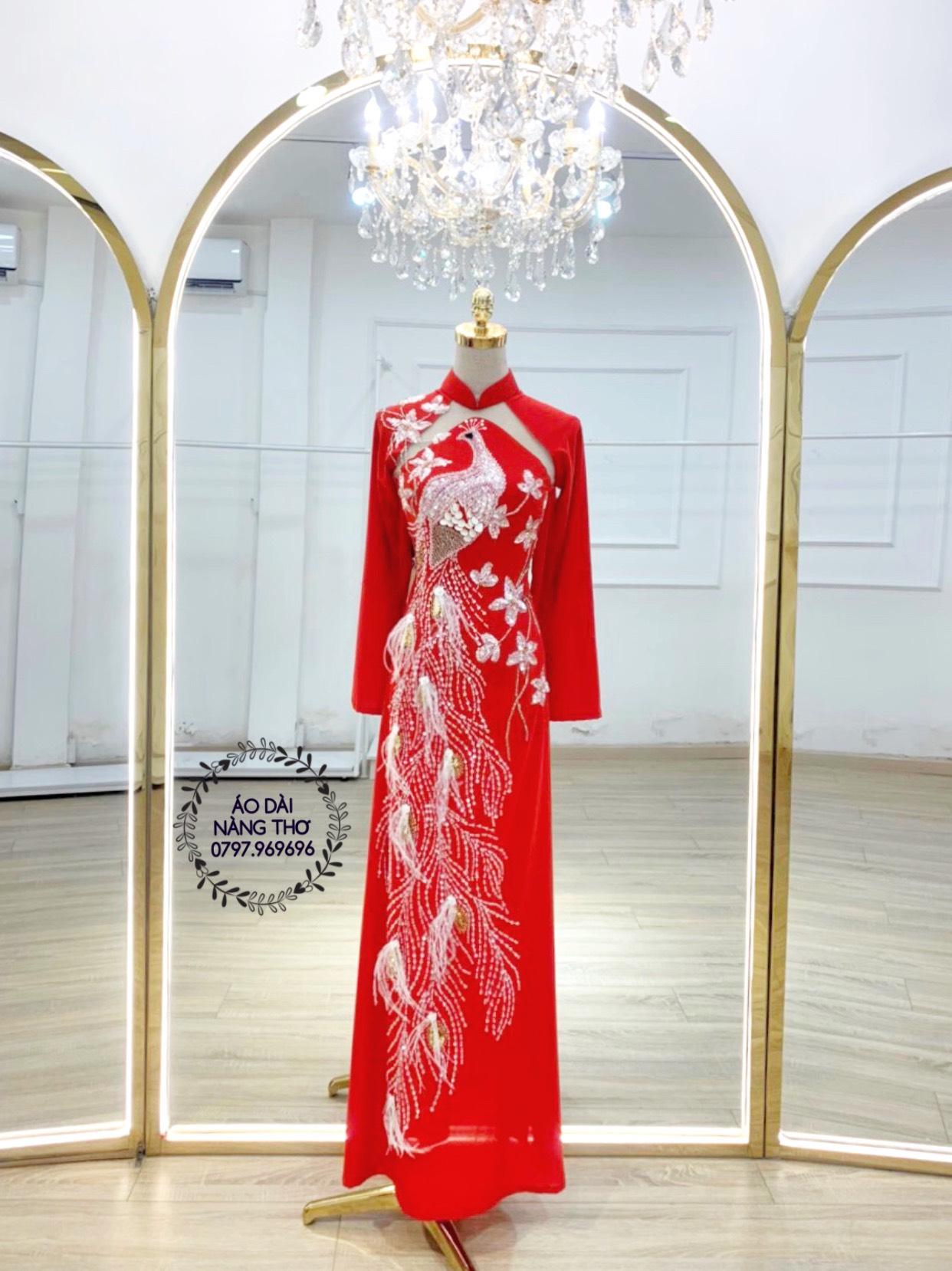 Áo dài Cưới Gấm Tơ Tằm Màu Đỏ Thêu Chim Phượng Hoàng