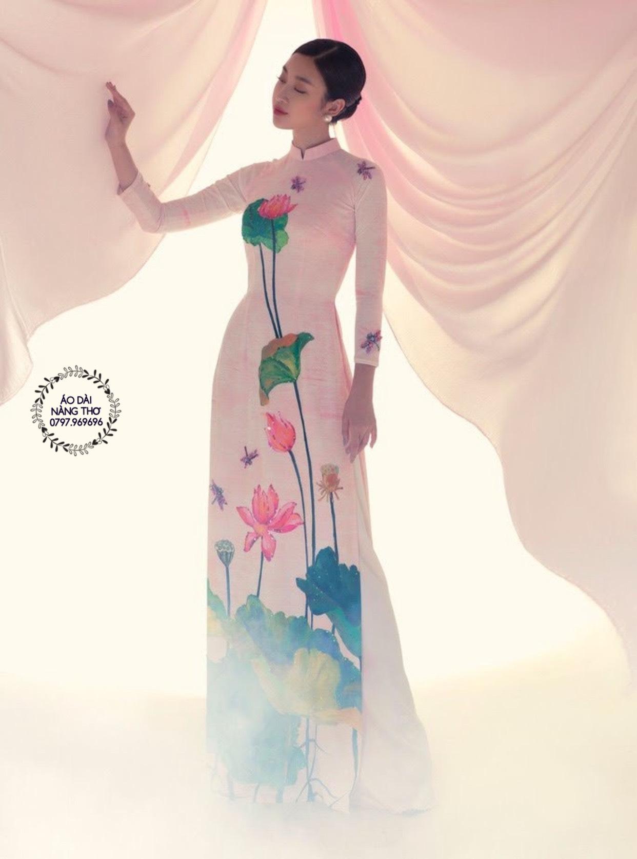 Áo dài hoa sen mới nhất