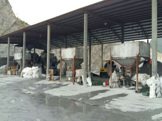 Customer Visit Our Gravel Pebble Factory