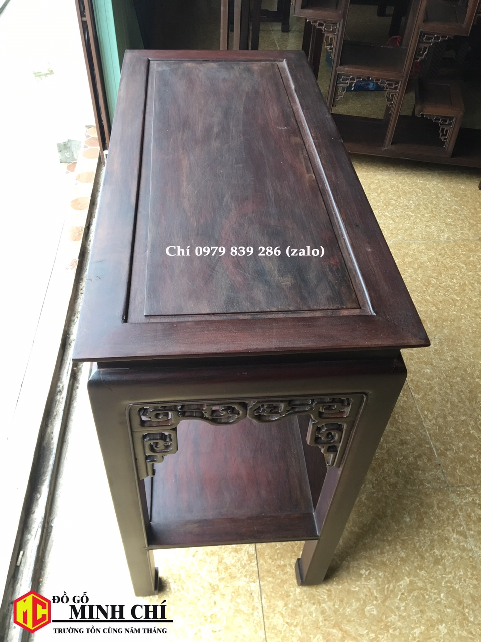 bàn gỗ bầy đồ 6