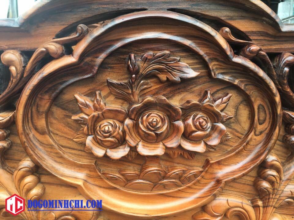 Giường hoa hồng đục tay hàng đẹp 5