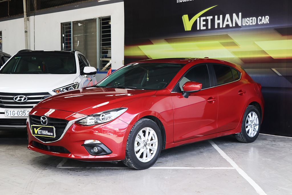 Mazda 3 Hatchback 1.5AT 2015
