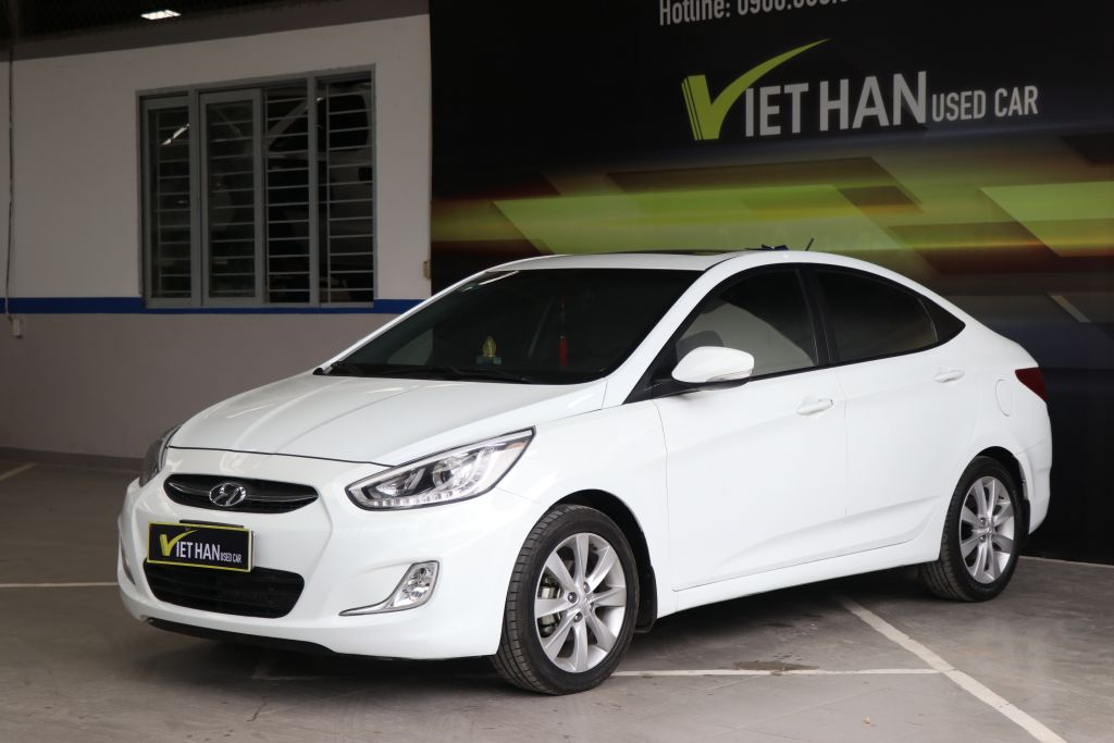 Hyundai Accent Blue 1.4AT 2015