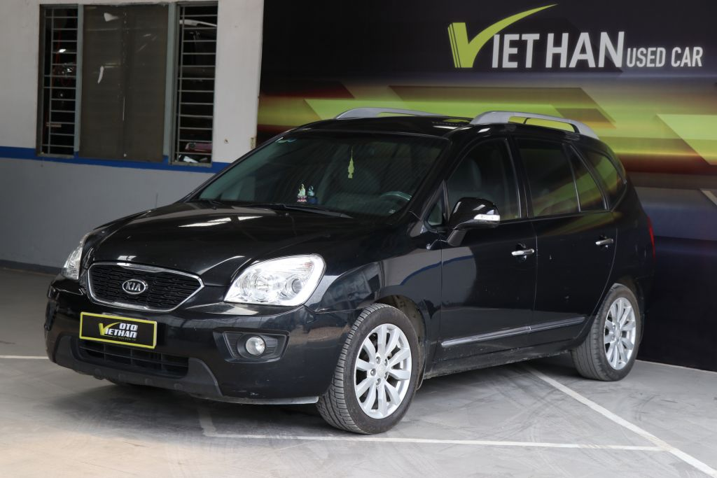 Kia Carens SX 2.0MT 2011
