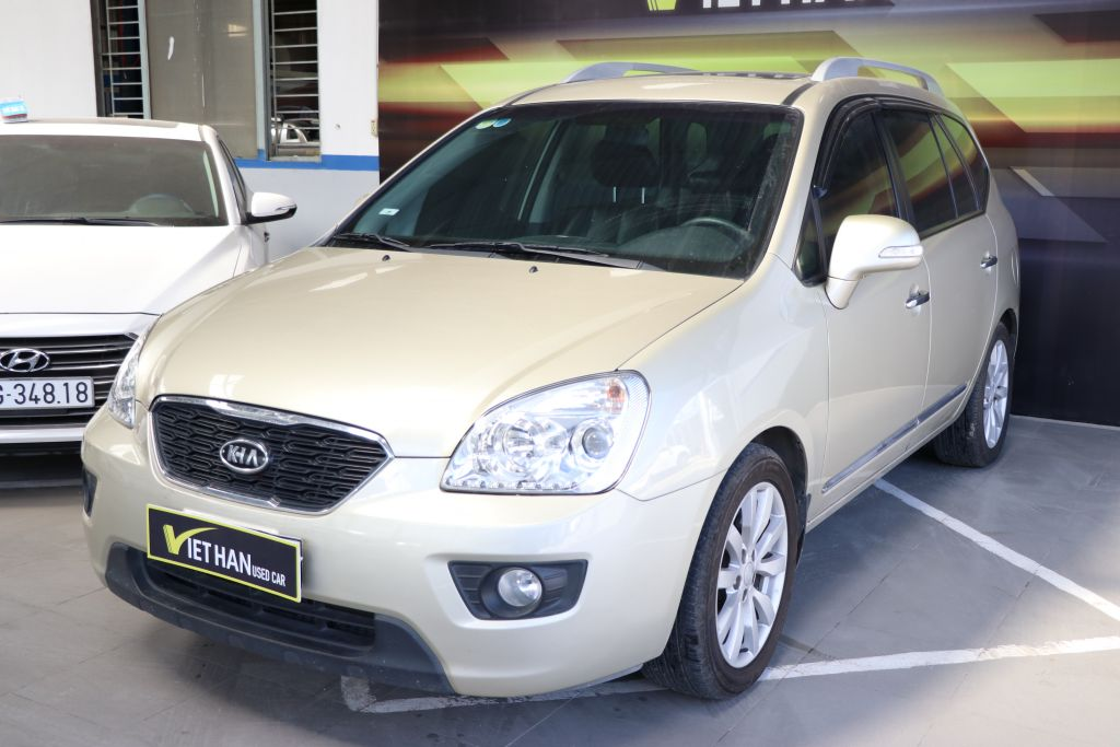 Kia Carens SX 2.0MT 2013