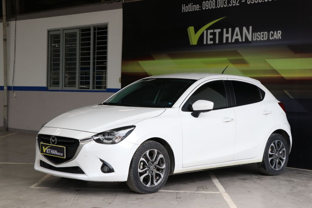Mazda 2 Hatchback 1.5AT 2015