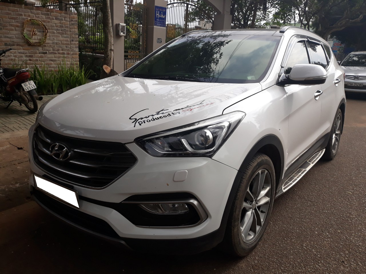 Hyundai Santa Fe 2.4AT 4WD 2016