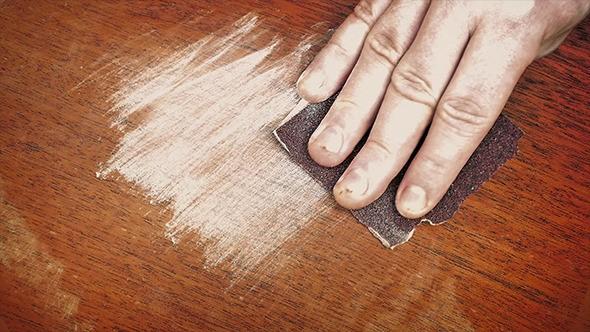 Giấy nhám đánh bóng gỗ