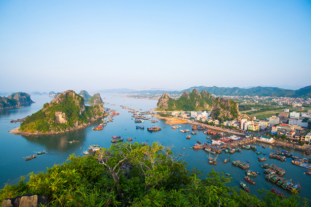 HALONG BAY PARTY CRUISE: (2 DAYS 1 NIGHT ON GOLDEN PARTY CRUISE)