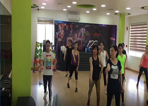 LỚP ZUMBA | MS. SUMMER