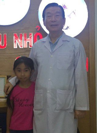 Nguyen Thi Quynh N, 8 years old, in Lam Đong province