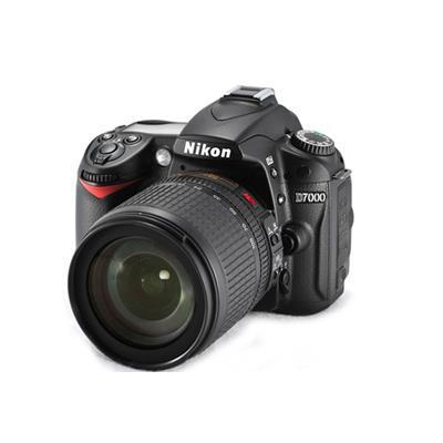 Máy ảnh Nikon D7000 (Kit 18-105)