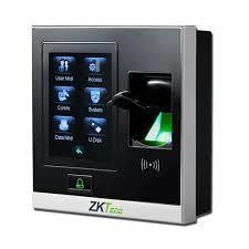 Hệ thống kiểm soát ra vào bẳng vân tay và thẻ RIFD SF400
