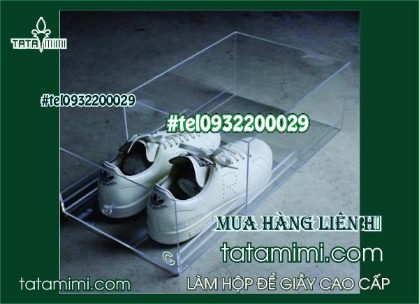 Bảo quản giày dép bằng hộp mica bền chắc