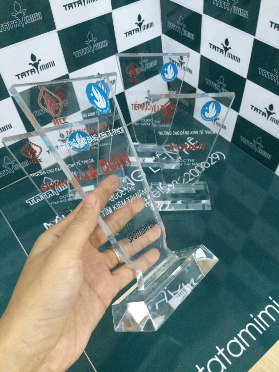 Cơ sở cung cấp cup lưu niệm cho các cuộc thi