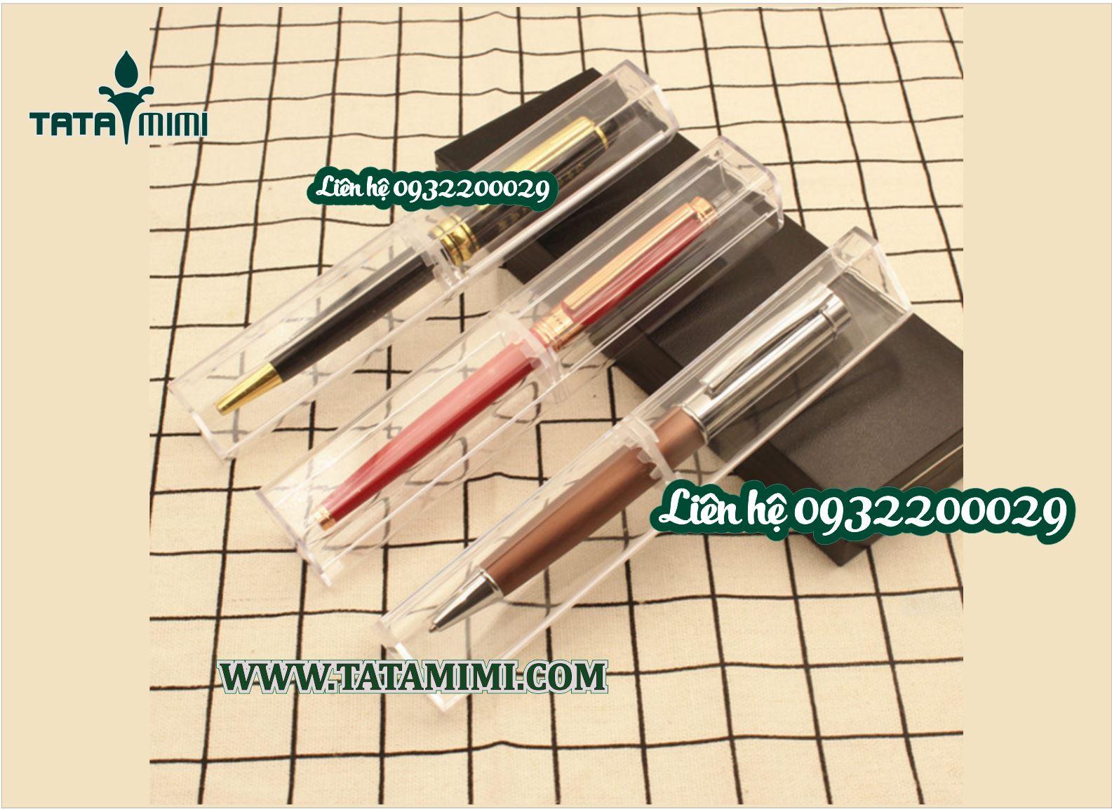 Hộp mica trong suốt để bút