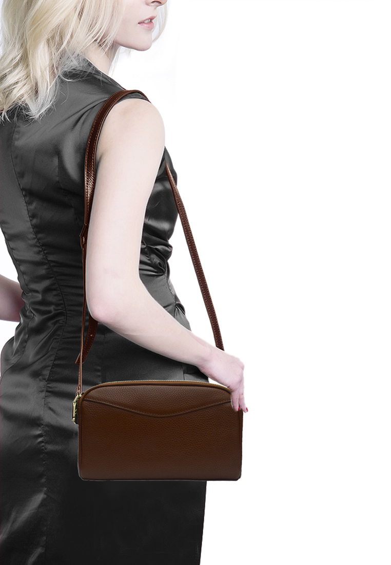Túi đeo chéo nữ ELMI da bò cao cấp màu vàng bò EB327