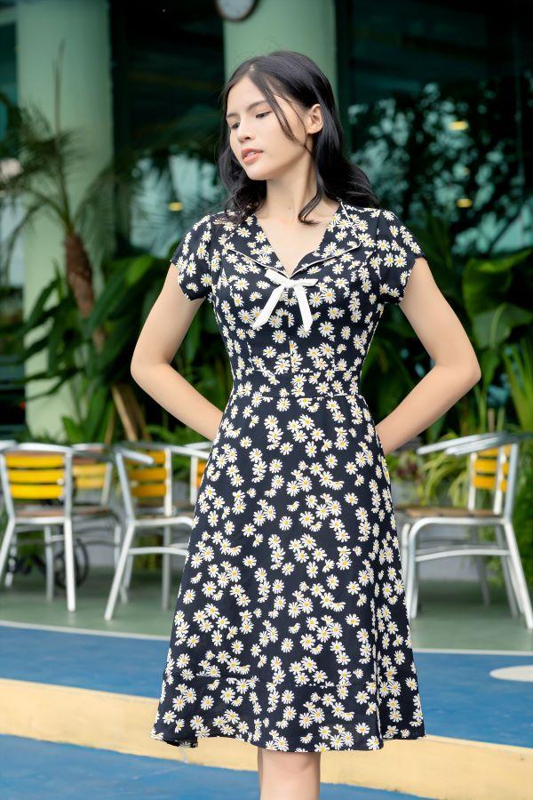 Váy công sở ELMI cao cấp hoa nhí màu đen EV09