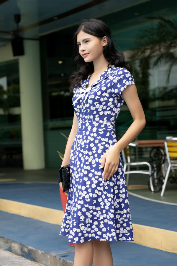 Váy công sở ELMI cao cấp hoa nhí màu xanh tím than EV13