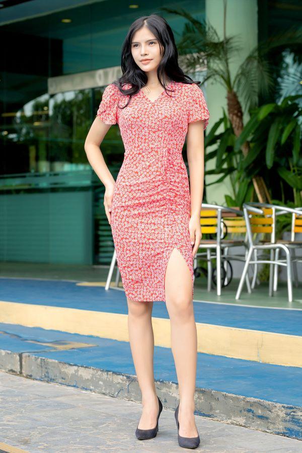 Váy xẻ rút dây ELMI cao cấp hoa nhí màu đỏ EV18