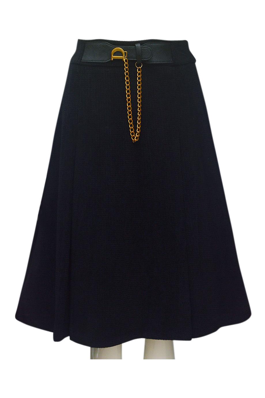 Chân váy nhung tăm ELMI thời trang cao cấp màu đen EV55