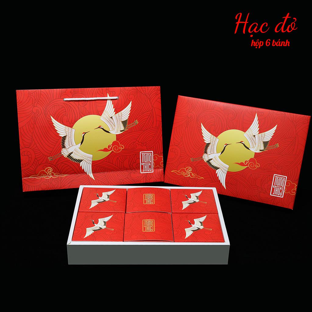 Hộp bánh trung thu cao cấp SAKURA mẫu hạc đỏ ( hộp 6 cái)