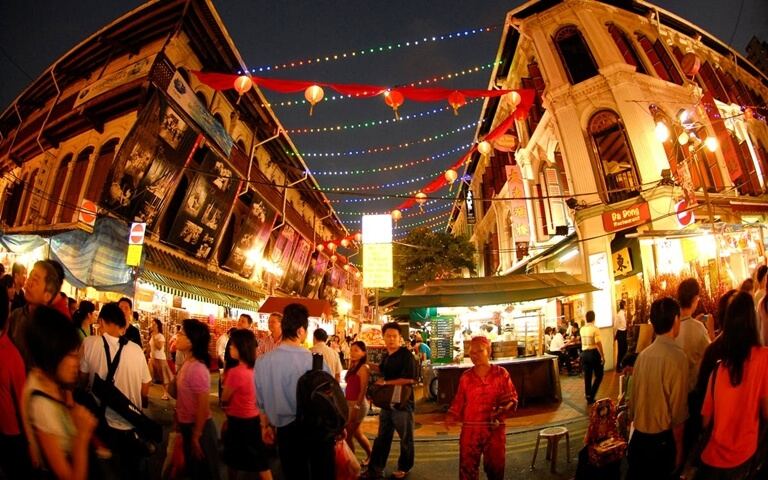 Secrets of the Red Lantern™: A Chinatown & Geylang Night Tour Của Journeys Pte Ltd
