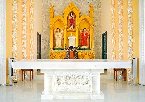 35+ mẫu bàn thờ công giáo đơn giản nhưng đẹp nhất 1175277327