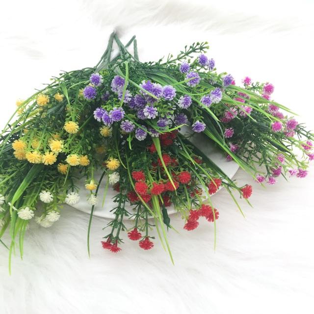 Hoa nhựa trang trí