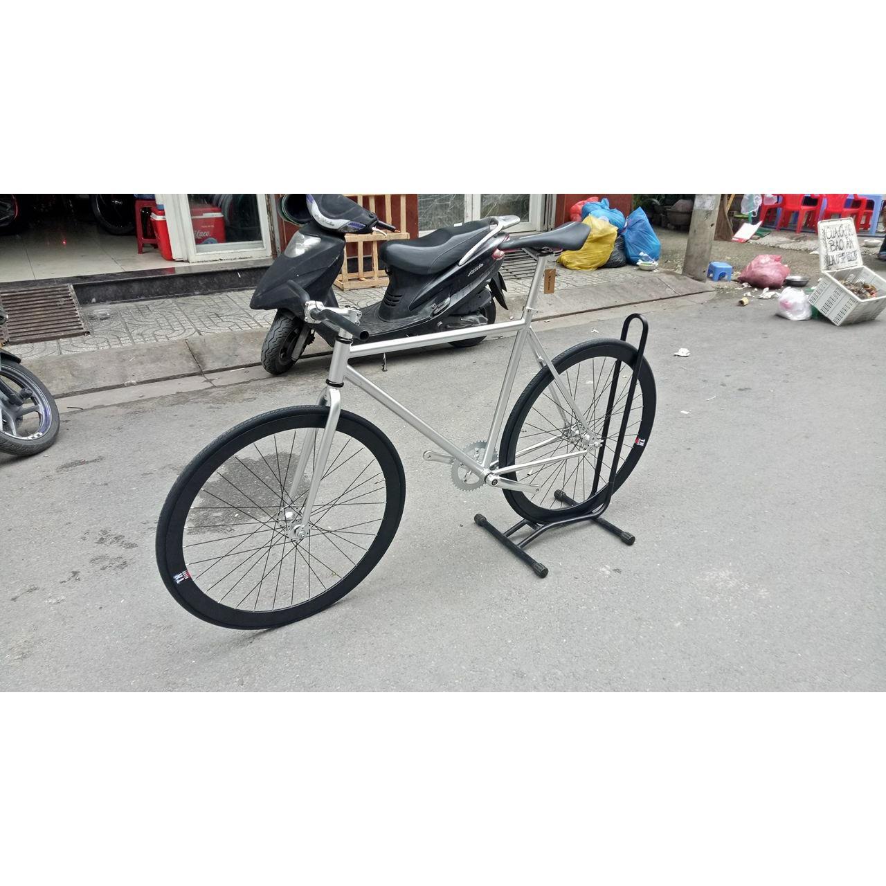 Xe đạp Fixed Gear cơ bản ( Bạc - Đen )