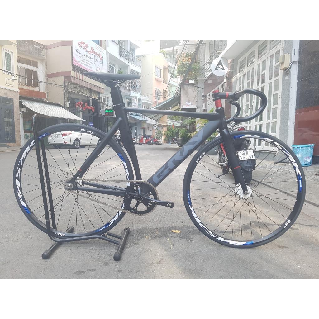 Xe đạp Track Gray Novatec 16mm