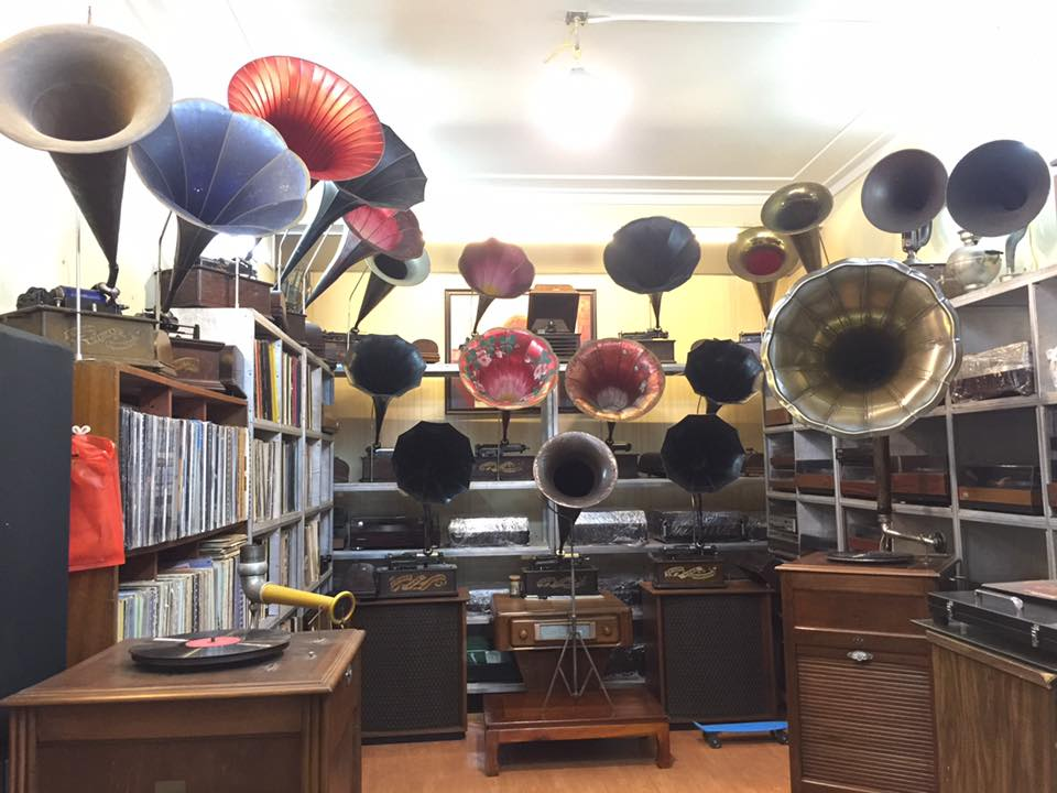 may-hat-ong-nhac-thomas-edison-phonograph