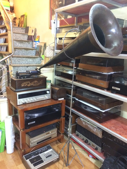 may-hat-ong-nhac-edison-concert-phonograph