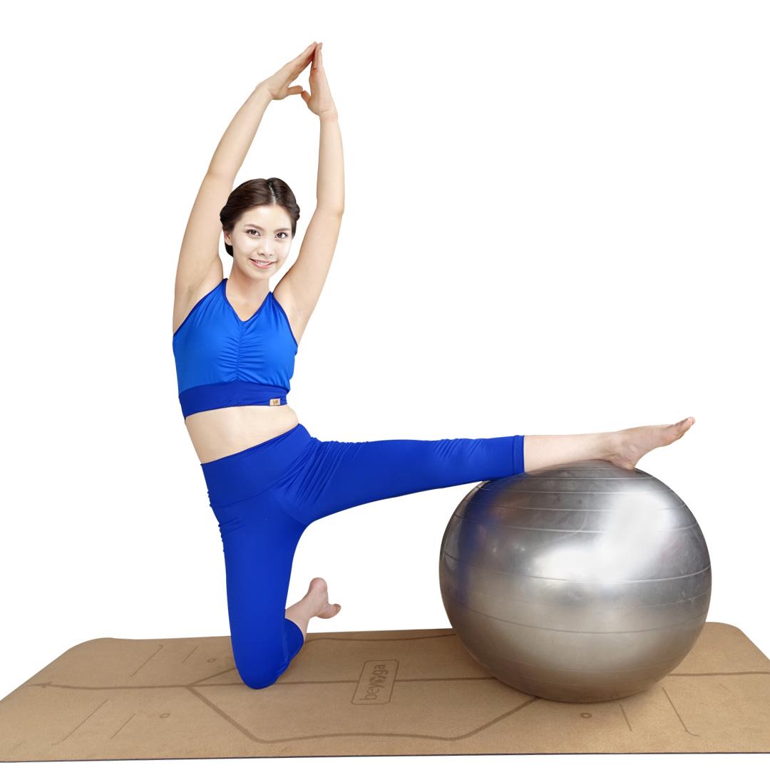 Bộ tập yoga Bra lửng xanh dương Lynk`s Clothes