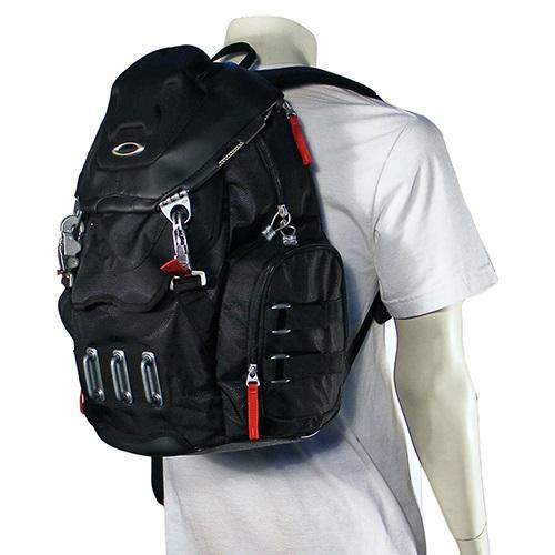 balo-chiu-luc-oakley-backpack