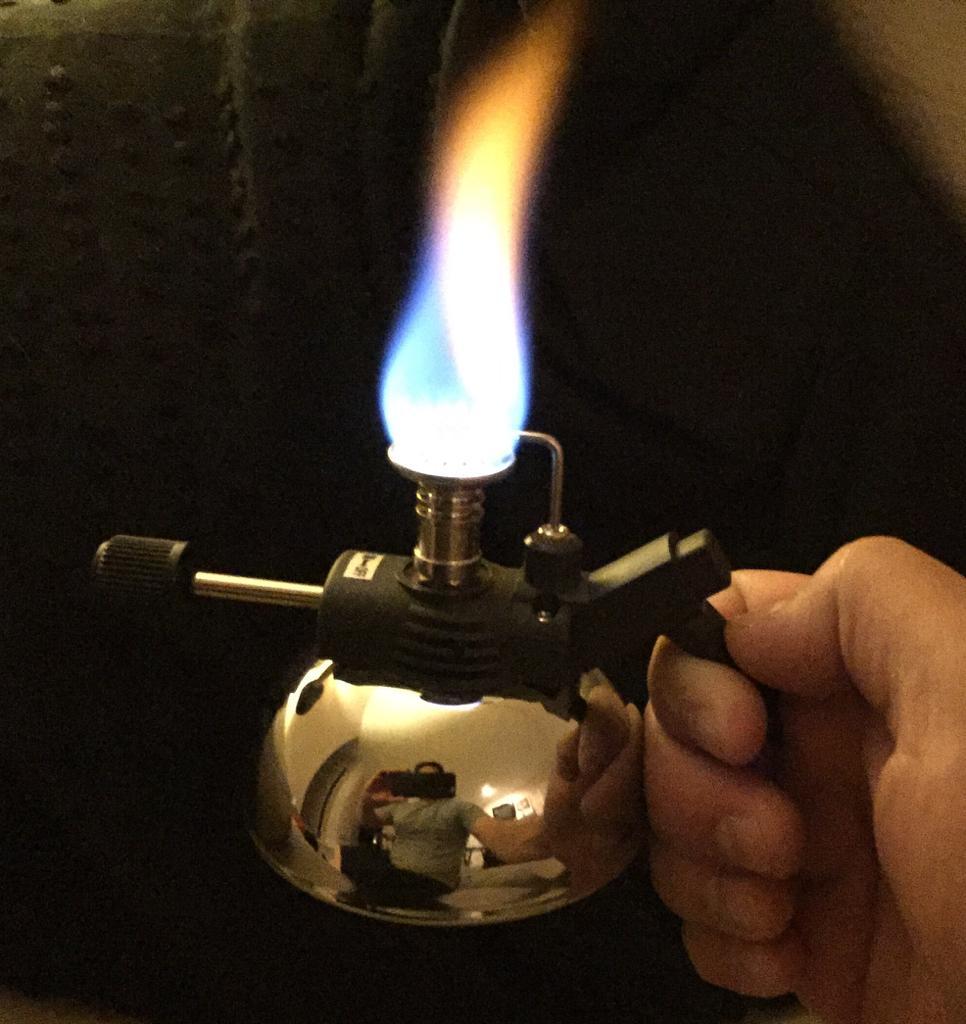 bat-lua-moi-thuoc-cigar-alec-bradley-the-burner-table-lighter