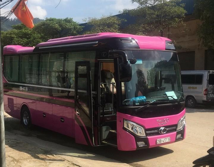 Thaco bóng hơi 29c: Đường dài 10.000đ/km. City tour nội thành 1.500.000đ/ngày
