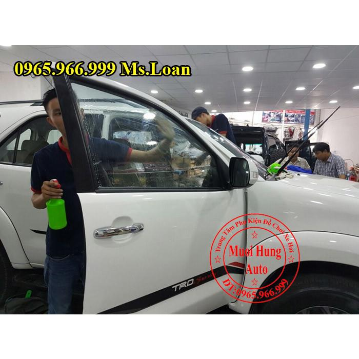 phim-cach-nhiet-chinh-hang-cho-toyota-fortuner
