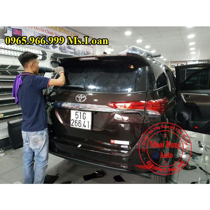 phim-cach-nhiet-3m-chinh-hang-xe-fortuner-2017