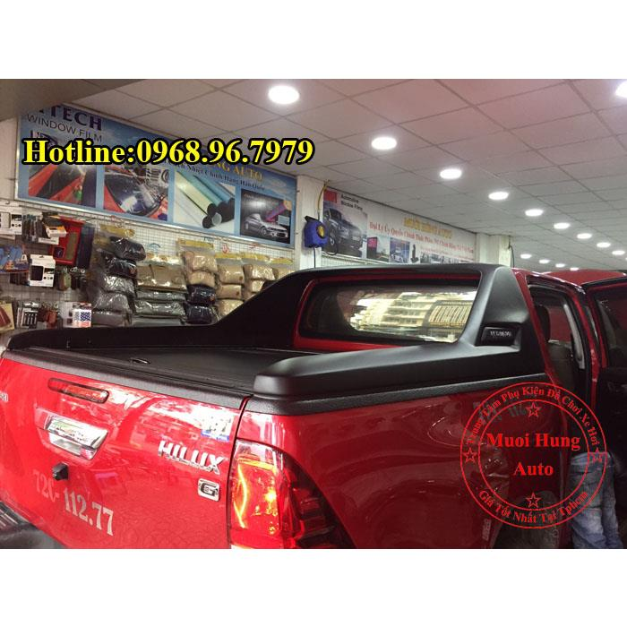 nap-thung-toyota-hilux-cao-cap-gia-re