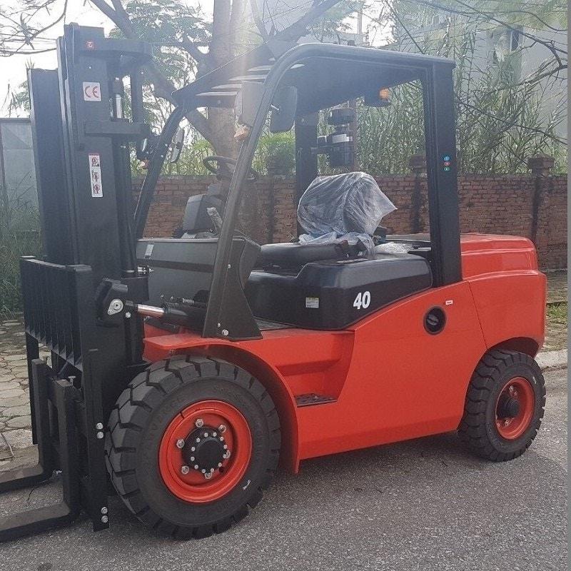 xe nâng 4 tấn CPCD40T8