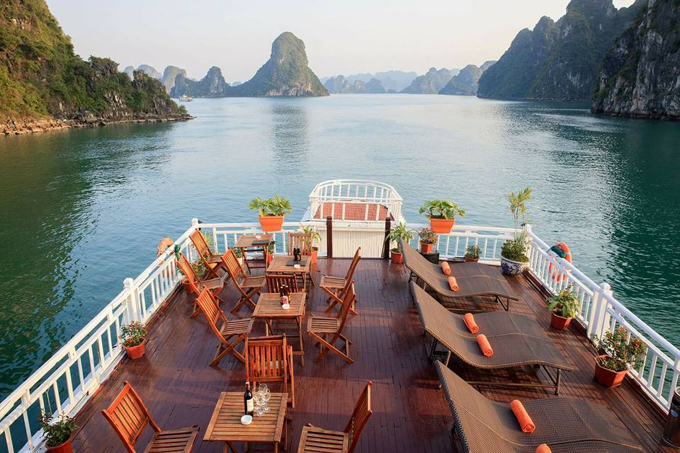 2D1N Halong Bay Oriental Sails Cruise – Vietsky Travel- Always ...
