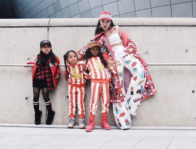Ai là nhân vật đứng phía sau những nhóc tỳ sành điệu tại Tuần lễ thời trang Seoul?