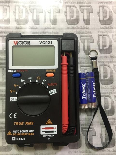dong-ho-van-nang-bo-tui-victor-vc921